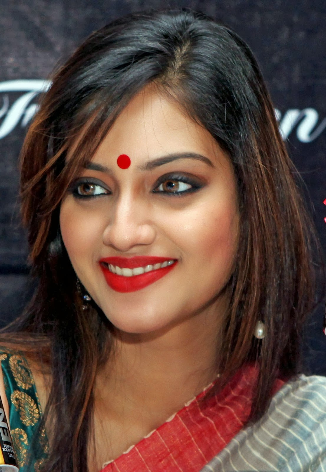 Communication on this topic: Christine Taylor, nusrat-jahan/