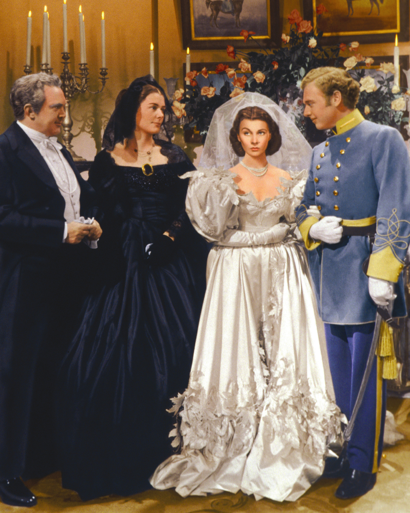 Vivien Leigh, Rand Brooks, Thomas Mitchell, and Barbara O'Neil in Gone with the Wind (1939)