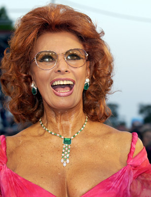 Sophia Loren and Julie Taymor at an event for Frida (2002)