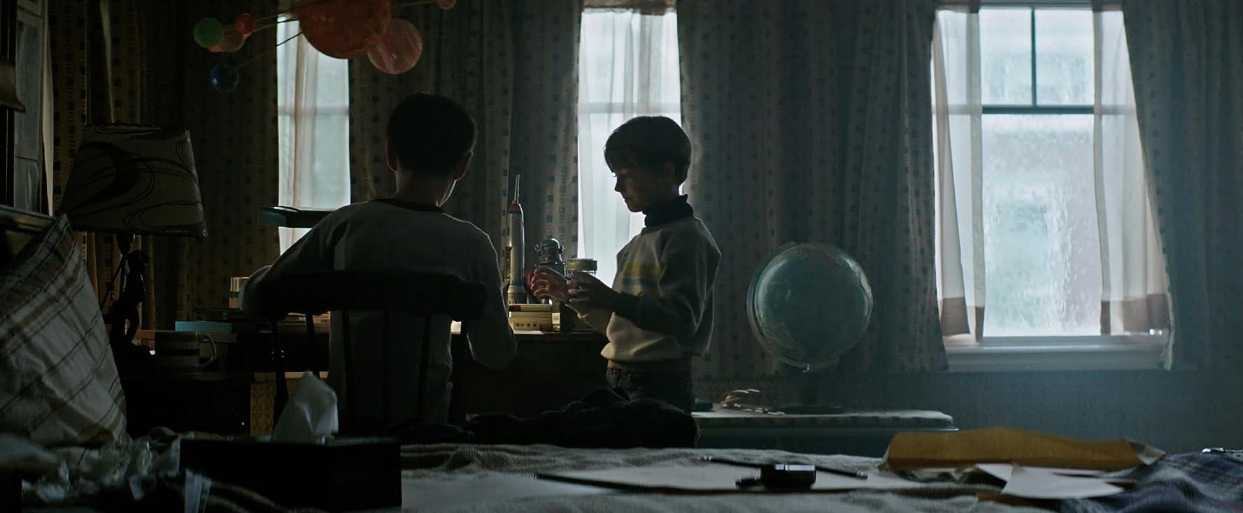 Jaeden Martell and Jackson Robert Scott in It (2017)