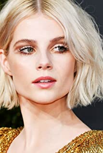 Lucy Boynton Picture