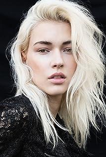 Stefanie Michova Picture