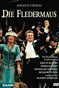 Primary photo for Die Fledermaus