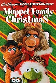 Primary photo for A Muppet Family Christmas