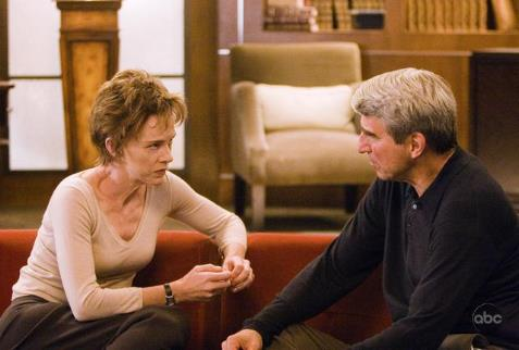 Judy Davis and Sam Waterston in Masters of Science Fiction (2007)