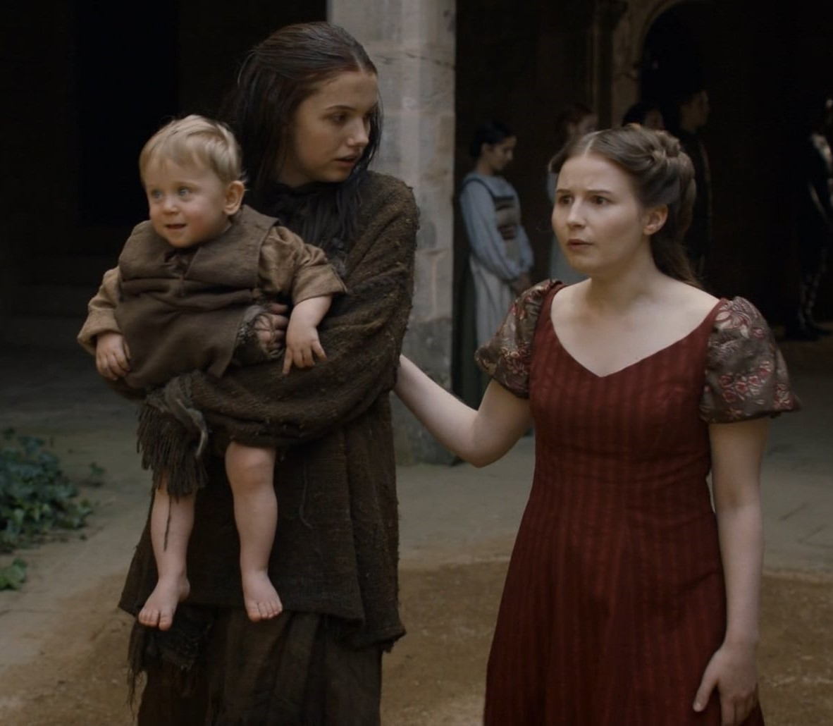 Hannah Murray and Rebecca Benson in Game of Thrones (2011)