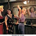Lila Kedrova and Gina Lollobrigida in Le grand jeu (1954)