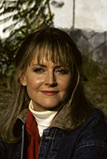 Cecilia Hart Picture