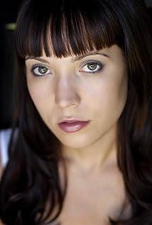 Sara Lahti Picture