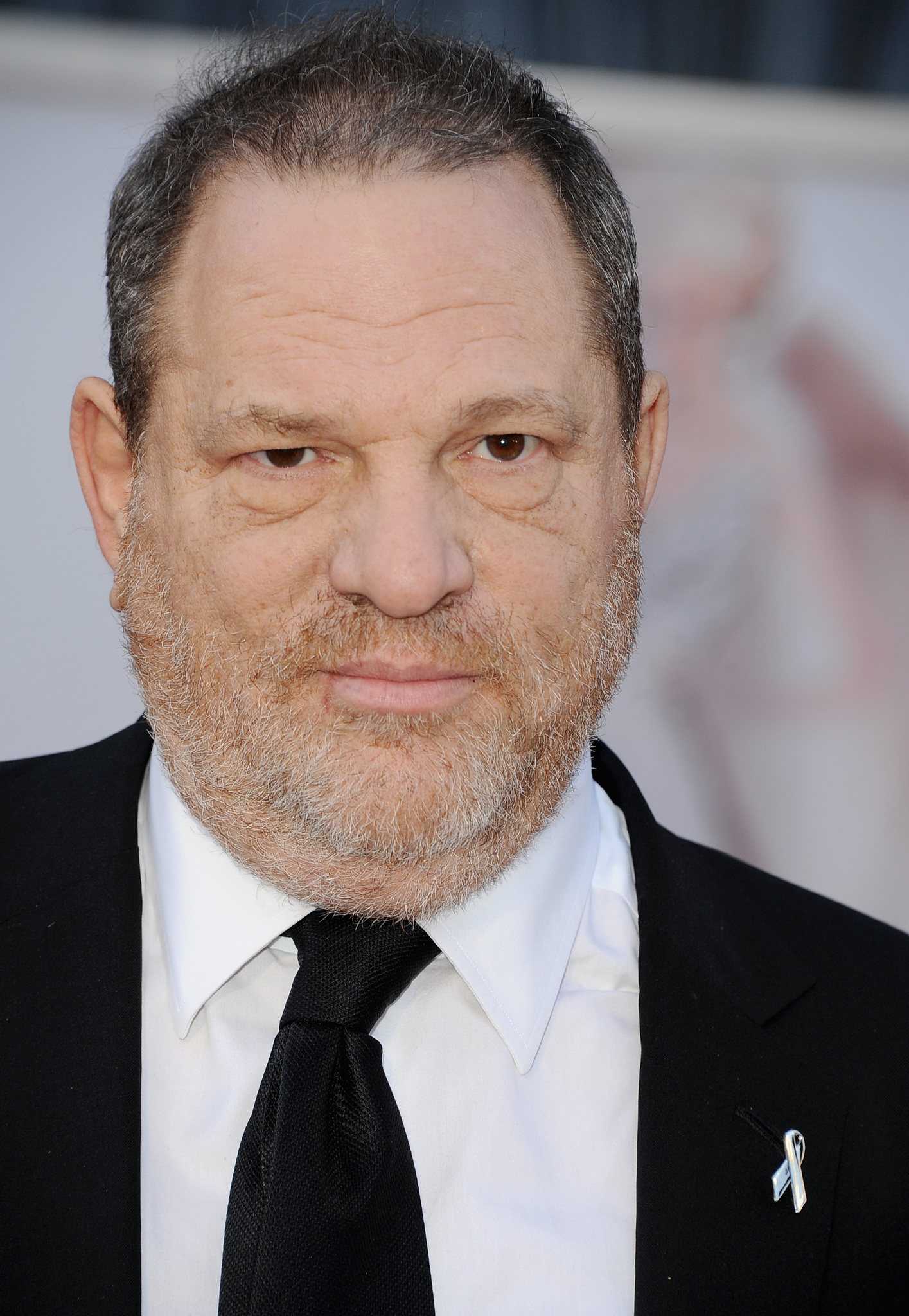 Harvey Weinstein ˈ w aɪ n s t iː n born March 19 1952 is an American former film producer He and his brother Bob Weinstein cofounded the entertainment