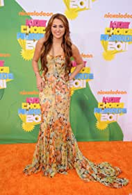 Miley Cyrus in Nickelodeon's Kids Choice Awards 2011 (2011)