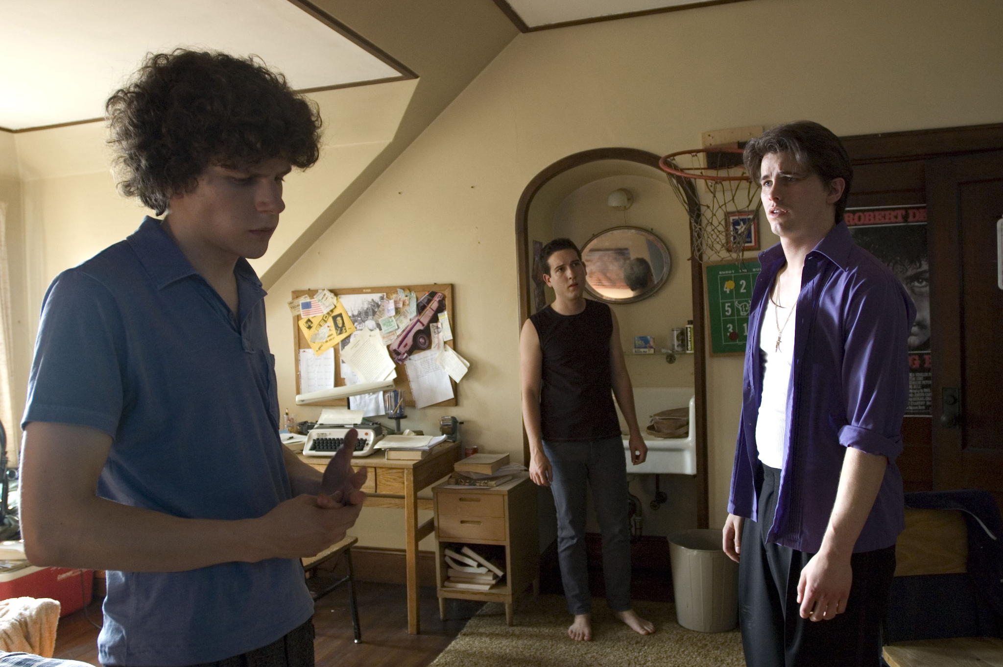 Jesse Eisenberg, Chris Marquette, and Jason Ritter in The Education of Charlie Banks (2007)