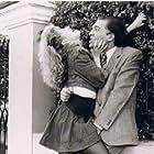 Andrea Del Boca and Darío Grandinetti in Cien veces no debo (1990)