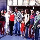 Azucena de la Fuente, Carmen Merinero, Fernando Merinero, Ramón Merlo, Franciska Ródenas, Roberto Govin, Sandra Prieto, and Claudia Rojas at an event for La novia de Lázaro (2002)