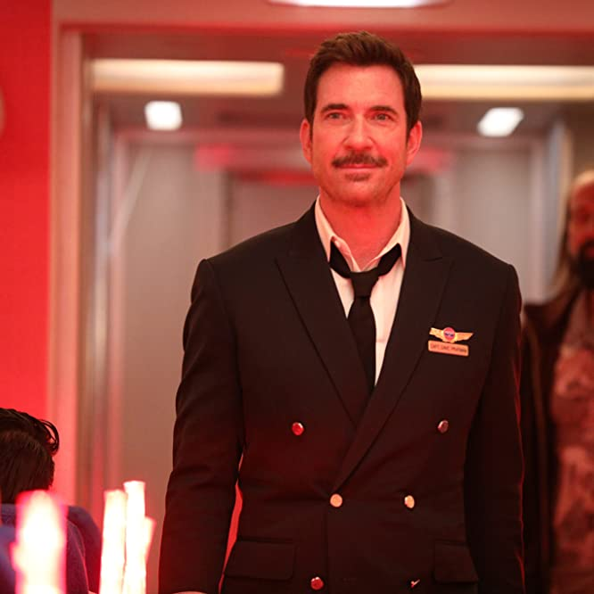 Dylan McDermott in LA to Vegas (2018)