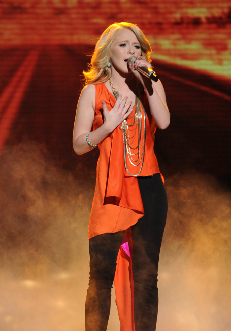 Hollie Cavanagh in American Idol: The Search for a Superstar (2002)