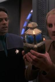 Rene Auberjonois and Alexander Siddig in Star Trek: Deep Space Nine (1993)