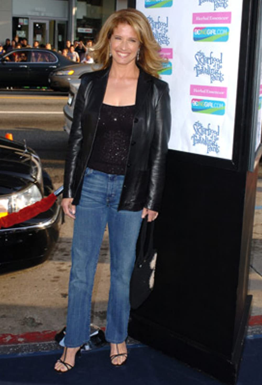 Nancy Traviss Feet