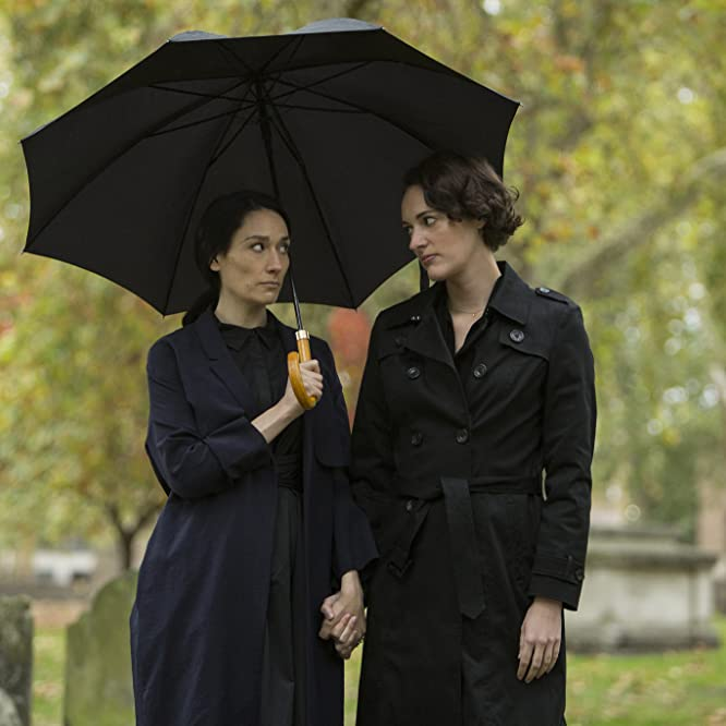 Phoebe Waller-Bridge and Sian Clifford in Fleabag (2016)