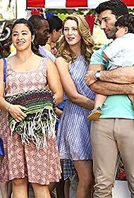 Justin Baldoni, Gina Rodriguez, and Yael Grobglas in Jane the Virgin (2014)