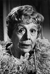 Edith Evans Picture