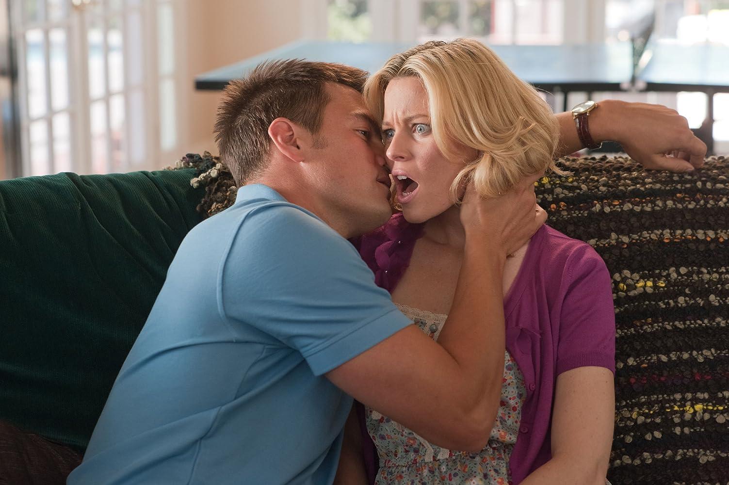 Elizabeth Banks and Josh Duhamel in Movie 43 (2013)