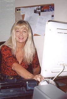 Juli-Ann Kay Picture