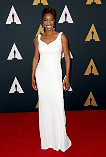 Heather Headley Picture