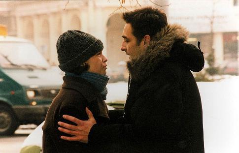 Robert Gonera and Joanna Szurmiej in Dlug (1999)