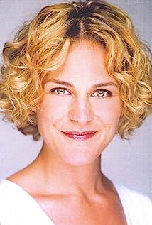 Alicia Johnston Picture