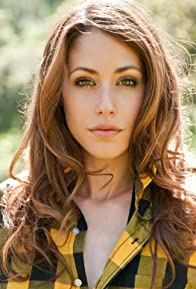 Primary photo for Amanda Crew