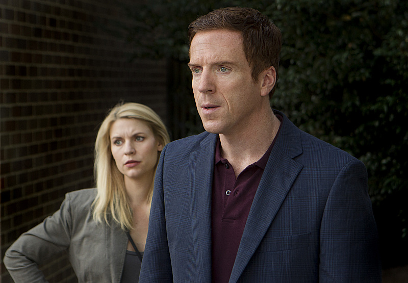 Claire Danes and Damian Lewis in Homeland (2011)