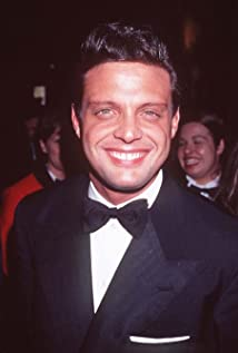 Luis Miguel Picture