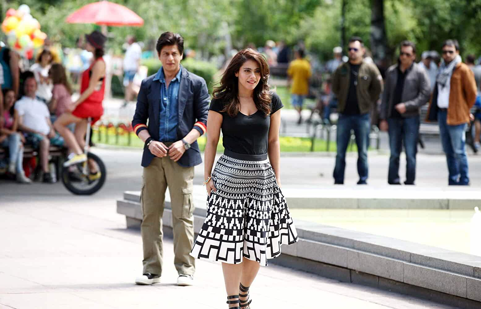 Download Dilwale (2015) Hindi Movie Bluray