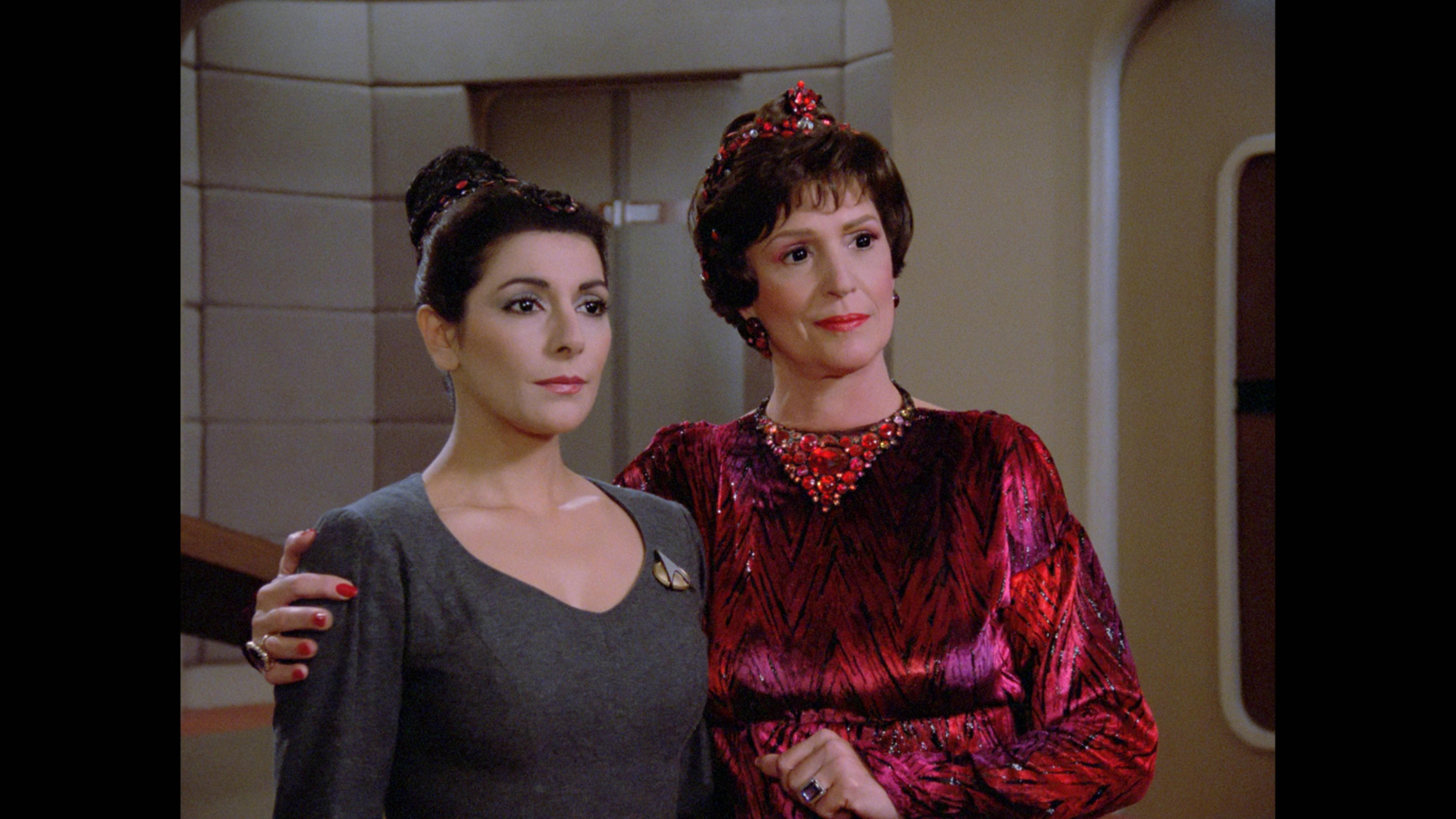 Marina Sirtis and Majel Barrett in Star Trek: The Next Generation (1987)