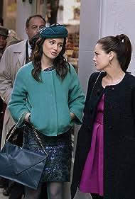 Roxane Mesquida and Leighton Meester in Gossip Girl (2007)
