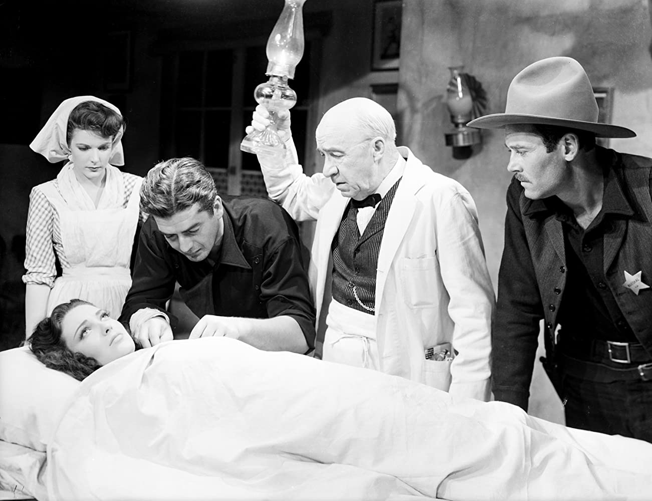Henry Fonda, Linda Darnell, Victor Mature, Cathy Downs, and J. Farrell MacDonald in My Darling Clementine (1946)