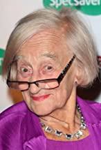 Liz Smith's primary photo