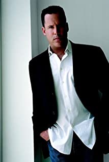 Vince Flynn Picture