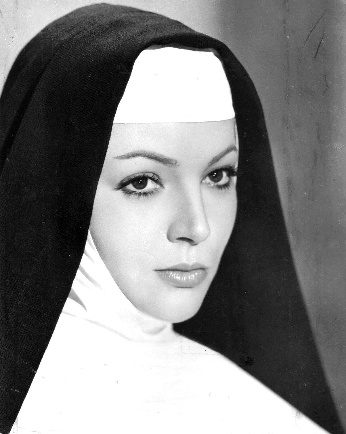 foto Alessandra Panaro (born 1939)