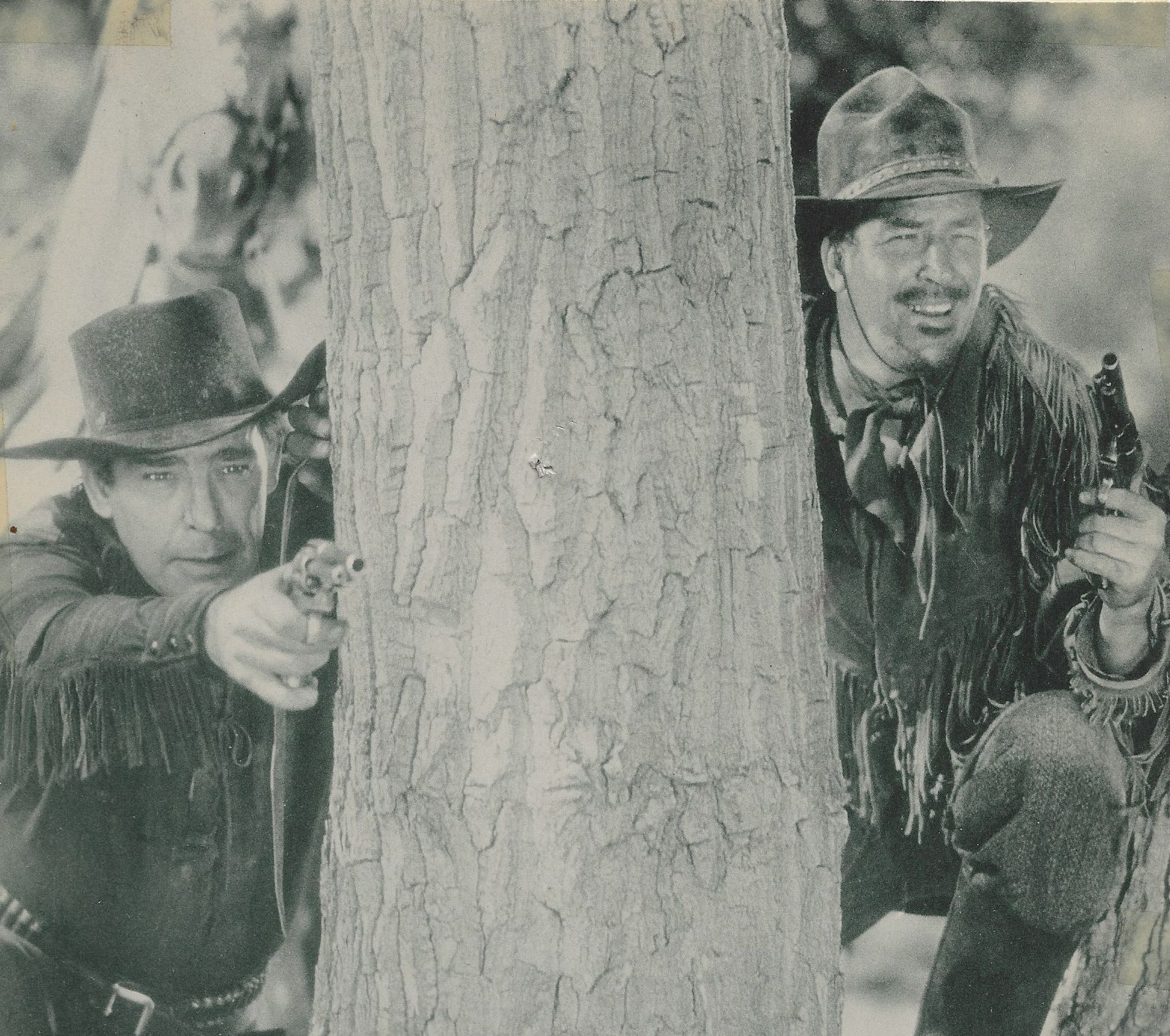 Lon Chaney Jr. and Don Terry in Overland Mail (1942)