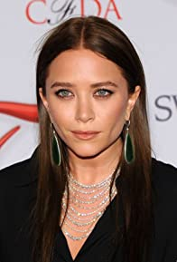Primary photo for Mary-Kate Olsen