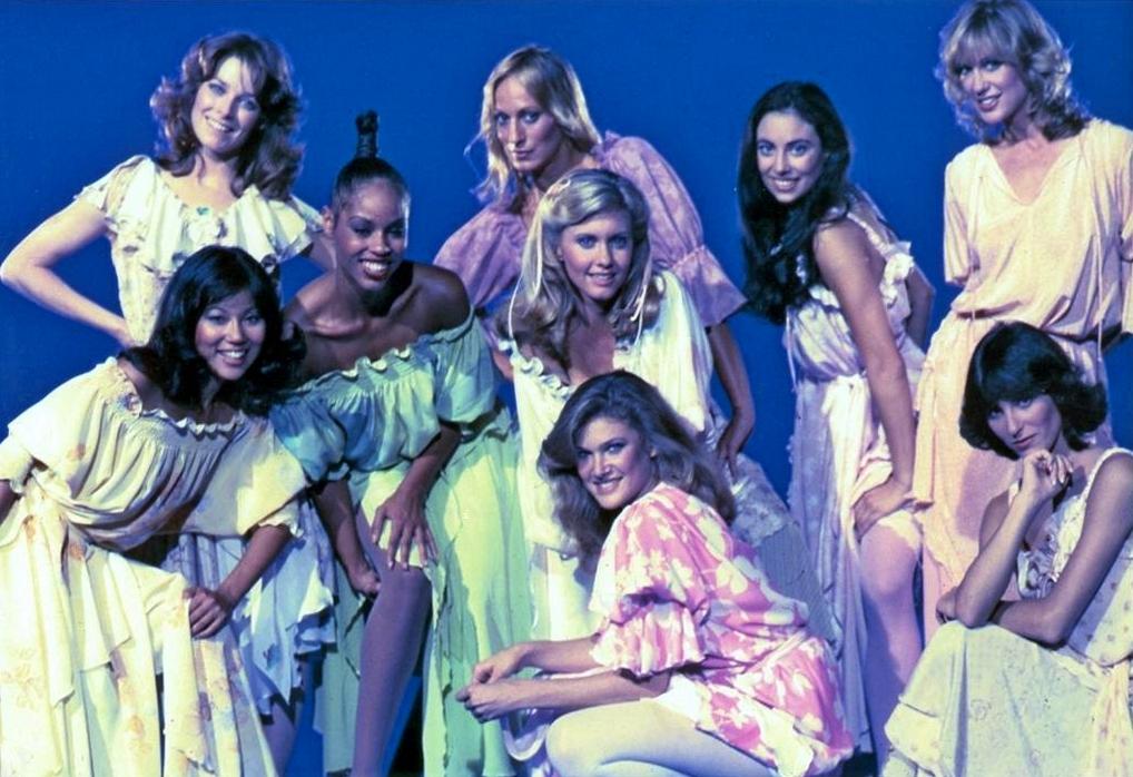 Olivia Newton-John, Sandahl Bergman, Lynn Latham, Cherise Bates, Teri Beckerman, Juliette Marshall, Melinda Phelps, Marilyn Tokuda, and Yvette Van Voorhees in Xanadu (1980)