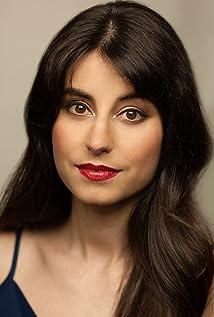 Zahra Ahmadi Picture
