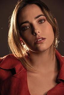 Mariel Molino Picture
