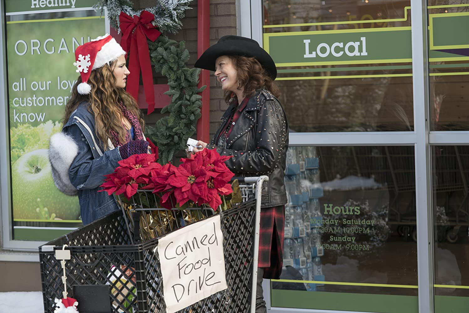 Susan Sarandon and Kathryn Hahn in A Bad Moms Christmas (2017)