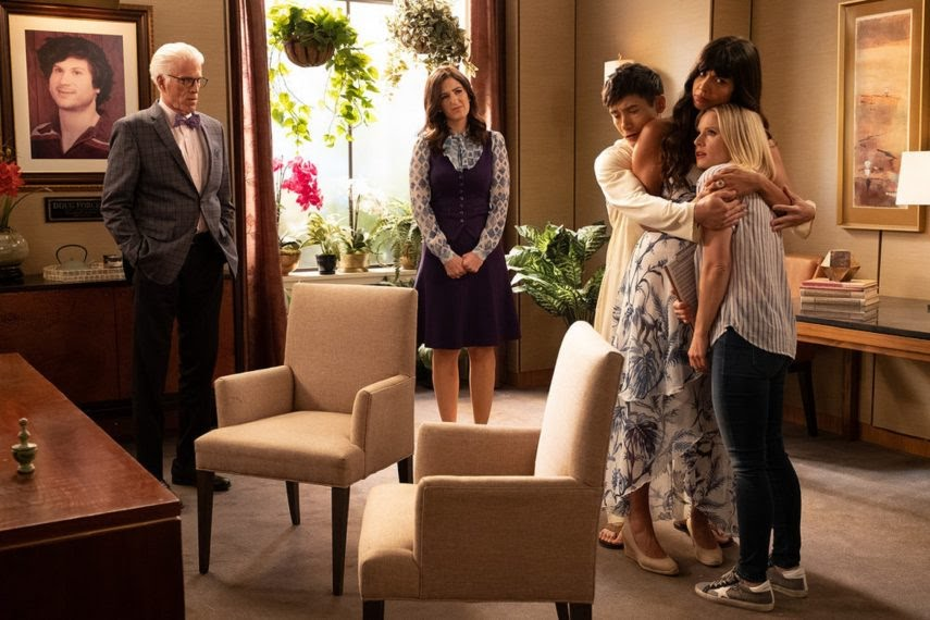 Ted Danson, Kristen Bell, Manny Jacinto, Jameela Jamil, and D'Arcy Carden in The Good Place (2016)