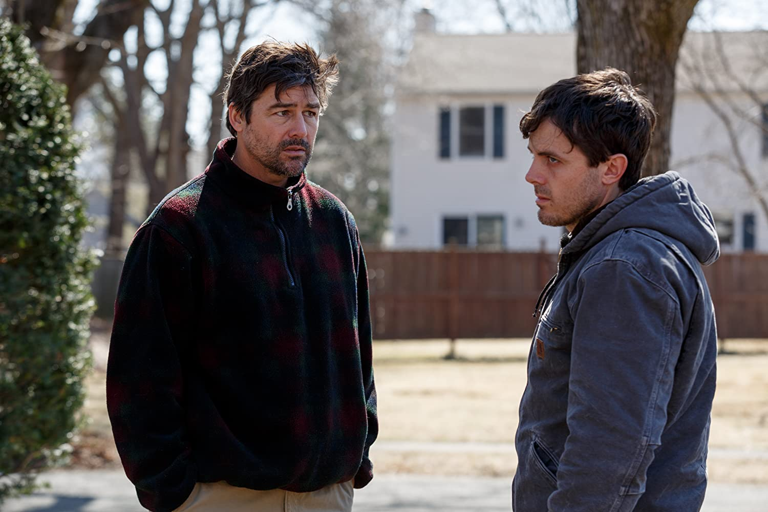 Casey Affleck and Kyle Chandler in Manchester by the Sea (2016)