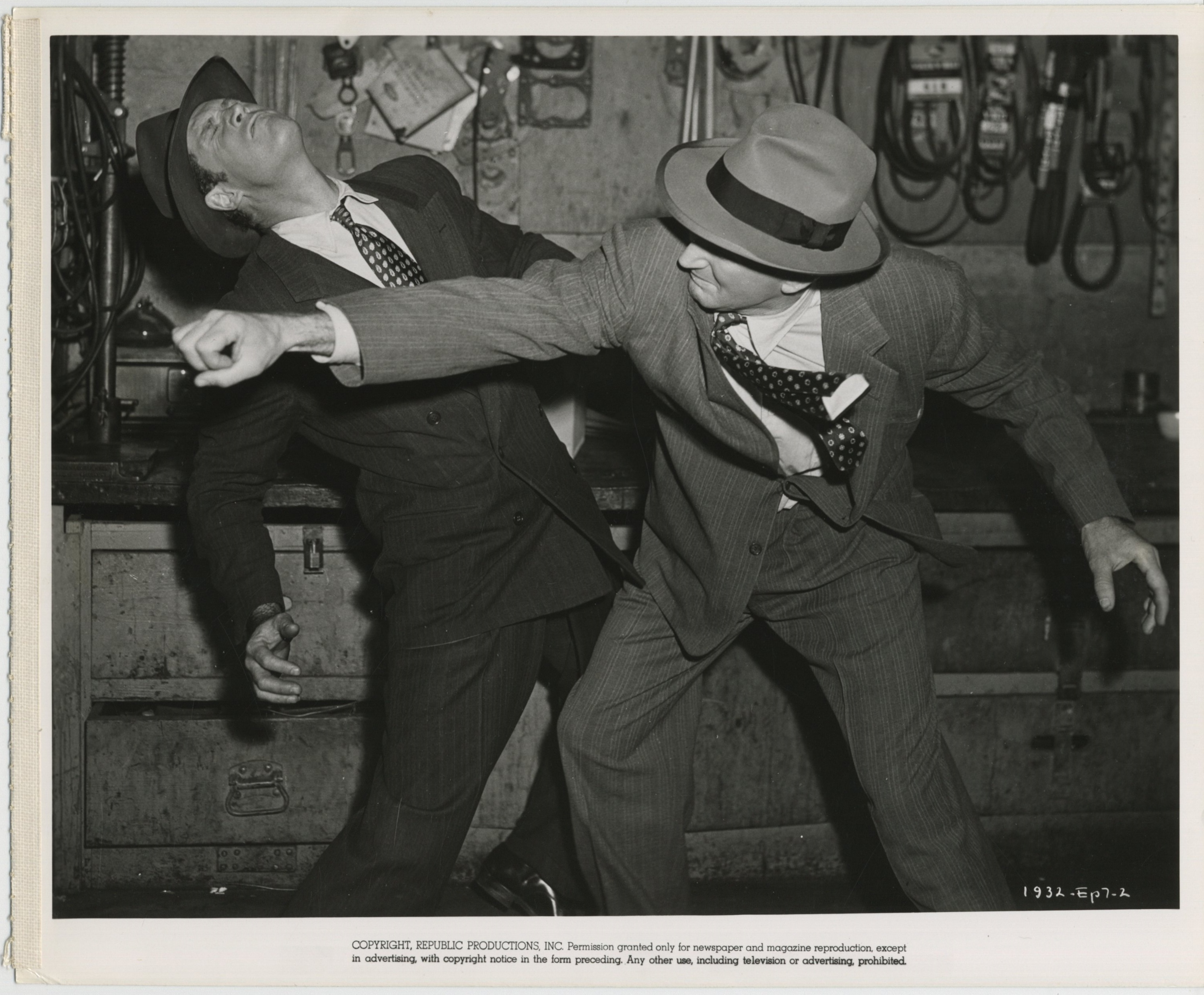 Clayton Moore and George Wallace in Radar Men from the Moon (1952)