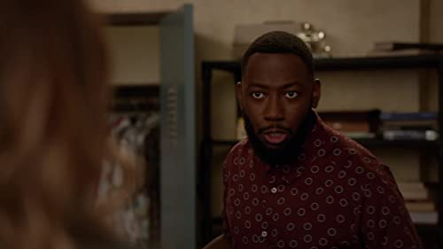 New Girl: Winston Asks Aly To Lie For Him